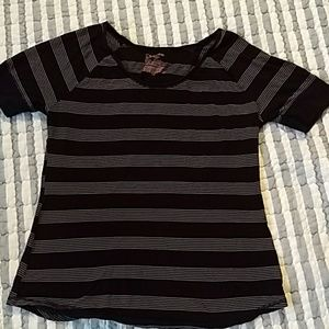 No boundaries, black and grey striped shirt sz XXL